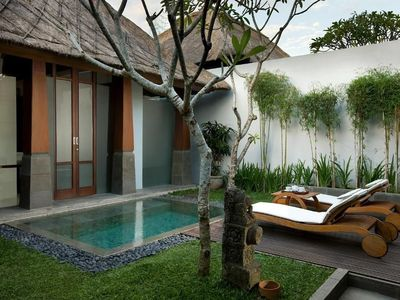 Photo for Deluxe Villa with Plunge Pool in the centre of Seminyak 1