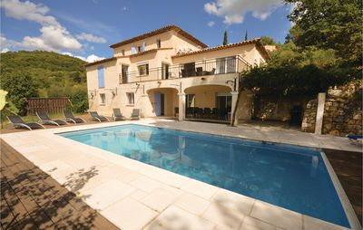 Photo for 6 bedroom accommodation in Fayence