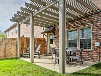 Photo for College Station Townhouse w/Patio & Pool Access