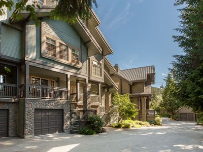 Photo for WELCOME HOME!!  Spacious 5 Bedroom Family & Group Friendly SKI-IN Style Townhome