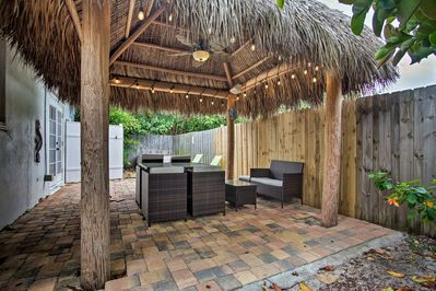 The vacation rental bungalow has a tiki hut with Bluetooth Speakers!