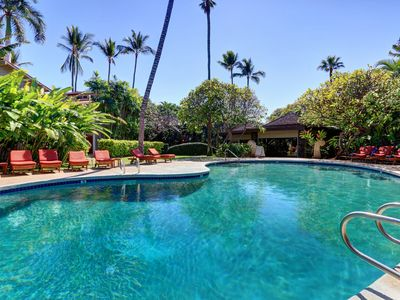 Photo for Ground Floor, A/C, Pool, Quiet Condo in Lovely Lahaina Town. Aina Nalu B105