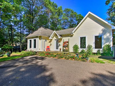 Breezy Point Home w/ Deck - 150 Feet to Lakefront!