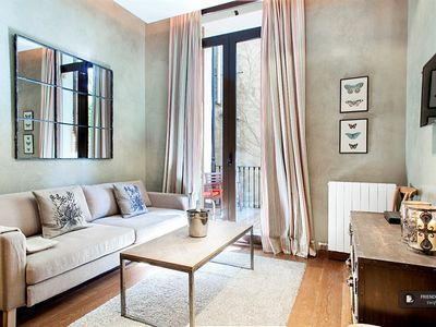 Photo for Friendly Rentals The Midtown Clara V Apartment in Barcelona