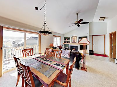 Photo for Top-Floor Sunray Meadows 2BR - Heated Garage, Near Free Bus & Close to Slopes