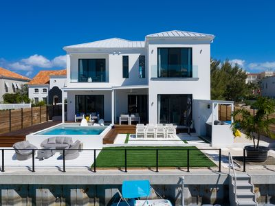 Photo for Villa Rise - A newly-completed four bedroom contemporary Caribbean villa