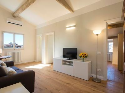 Photo for Apartment in the center of Florence with Internet, Air conditioning, Washing machine (750083)