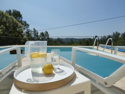 Photo for Villa with pool in the heart of the pine forest in absolute calm