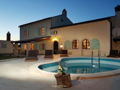 Photo for Rustic villa with private pool near Vrsar