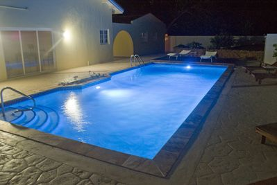 Swimming pool in the nigth