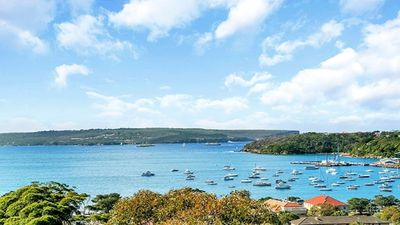 Photo for MOS02 - Stunning Views, Renovated 2BR Mosman Apmt
