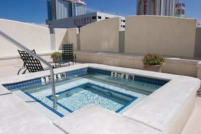 Wyndham Skyline Tower Pool View