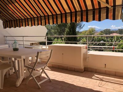 Photo for Two minutes from the beaches and the village ideal for 4 people