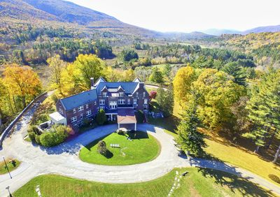 The Wilburton Inn is a magnificent place to spend Autumn in Vermont