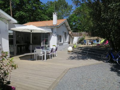 Photo for Beautiful villa Pylataise, 6/8 people, terrace and garden, near beaches