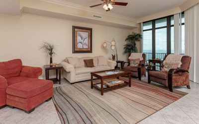 Photo for Three Bedroom @ Phoenix West ~ LAZY RIVER ~ Sleeps up to 14 guests!