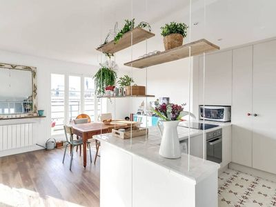 Photo for Charming and quiet flat with balconies and view