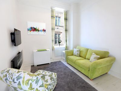 Photo for Recently renovated to a high standard, bijou centrally located 1 bed apartment