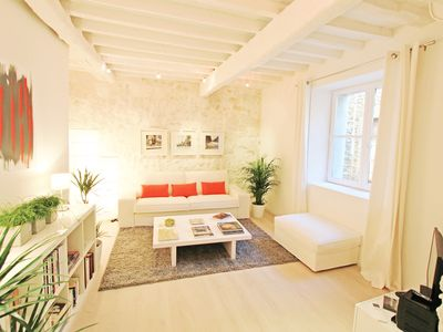 Photo for Casa Blanca, the white house in the historic center of Arles