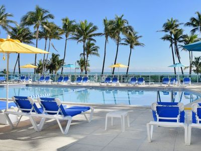 Photo for New Listing! Fantastic 1BR Apartment, Pool, Beach Access, Close to South Beach