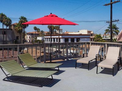 Photo for Downtown HB Studio- Amazing location, steps to shops, restaurants, bars, beach