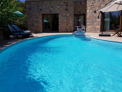 In the summer heat, your own pool is so cooling