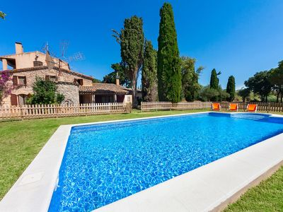 Photo for Beautiful private villa for 17 guests with WIFI, private pool, TV, balcony and parking