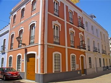 Luxury House in Seville Centre Opposite Historical Buildings. Ample Roof Terrace