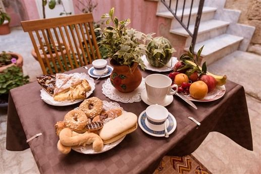 Bed & Breakfast: marchese sant' andrea b&b