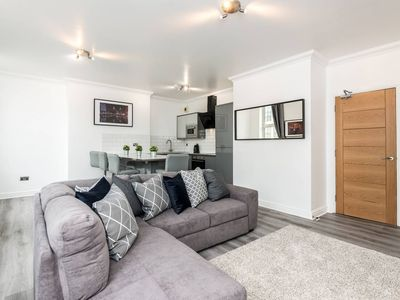 Photo for Gorgeous, Comfortable 1 bed Apt, Central Liverpool