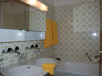 Photo for Apartment Sollevante (Utoring) in Ascona - 2 persons, 1 bedrooms