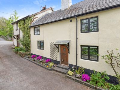 Photo for Thorn Cottage. A quaint 300 year old cottage set in a rural village