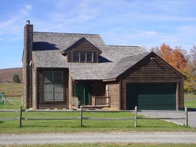 Photo for Friendly Retreat - Beautiful Valley View! Community Outdoor Pool!