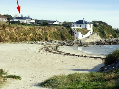 The property's location to the beach at Kilmore Quay