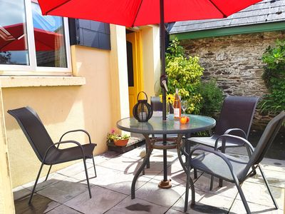 Gorgeous spacious cottage in pretty garden setting in sunny south east Ireland!
