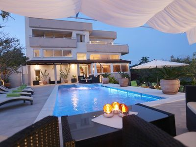 Photo for Holiday house with pool, barbecue and sea view