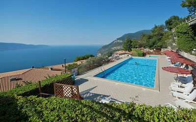 Photo for Apartment Residence La Rotonda II  in Tignale - Oldesio (BS), Lake Garda/ Lago di Garda - 6 persons, 3 bedrooms