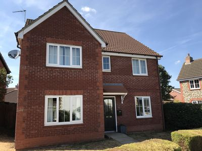 Photo for Large Detached Executive House 5 bedrooms, Sleeps 10
