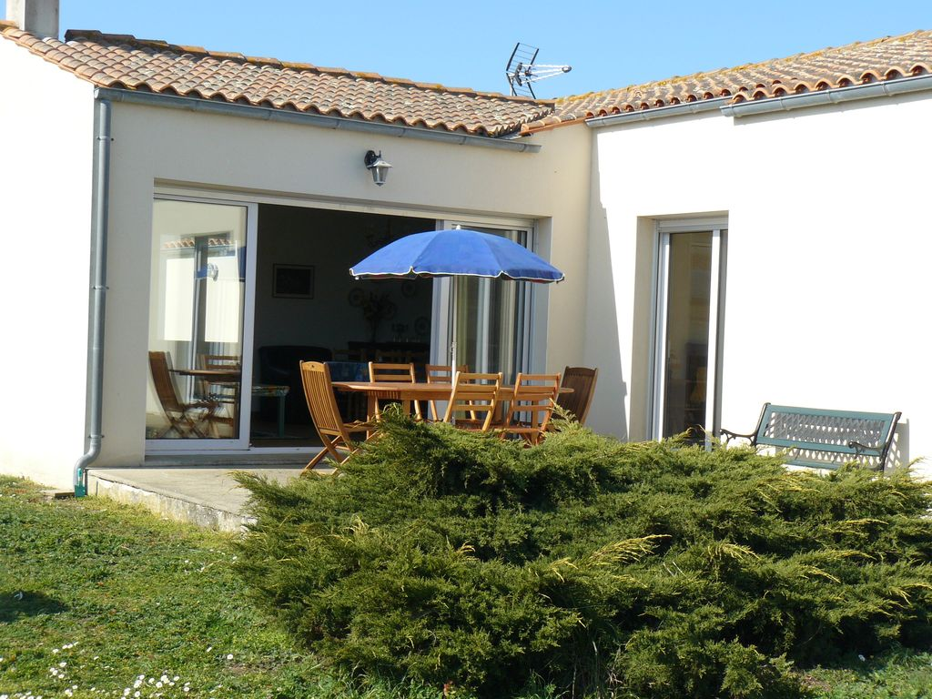 Location maison saint denis d 39 ol ron 6 8 personnes ile d - Maison jardin toulouse location saint denis ...