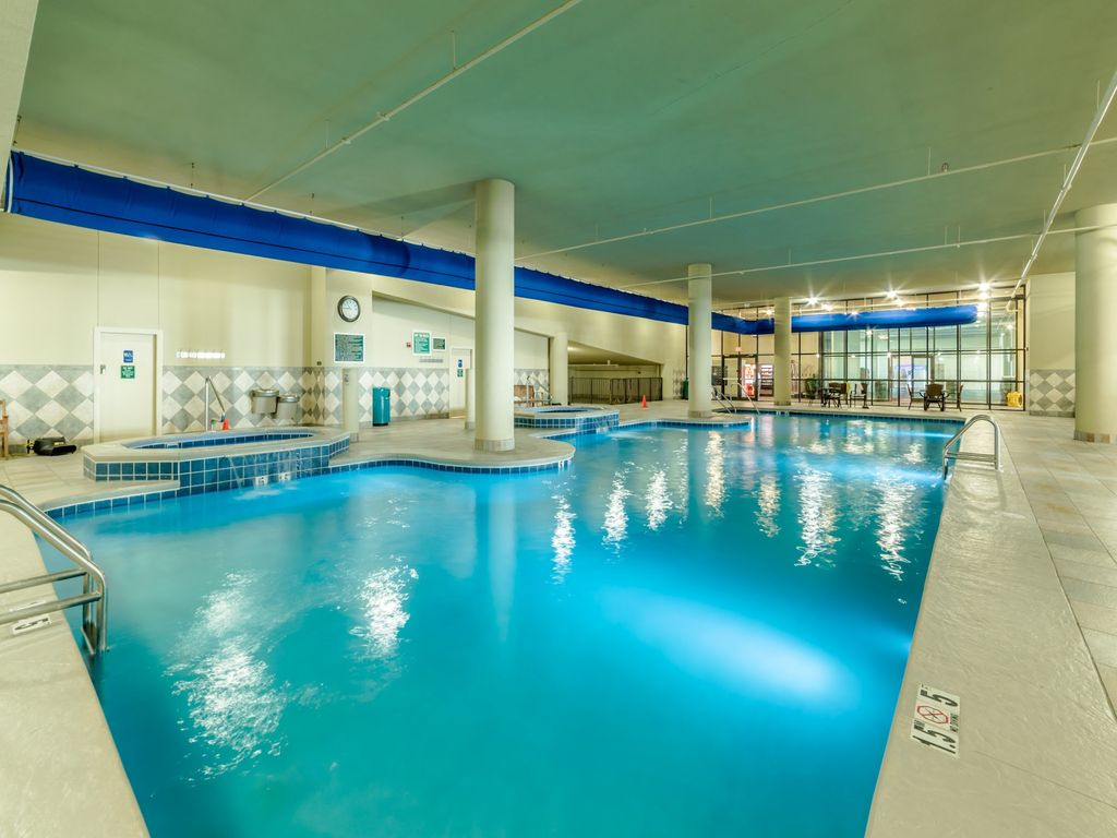 Spring specials phoenix west 4br condo lazy river water - Swimming pools with slides north west ...