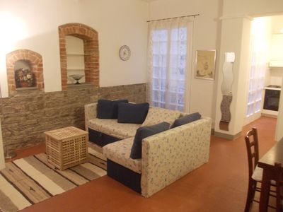 "Photo for Nice apartment in ""Oltrarno"" with Wi-Fi, air conditioning h24 and satellite TV"