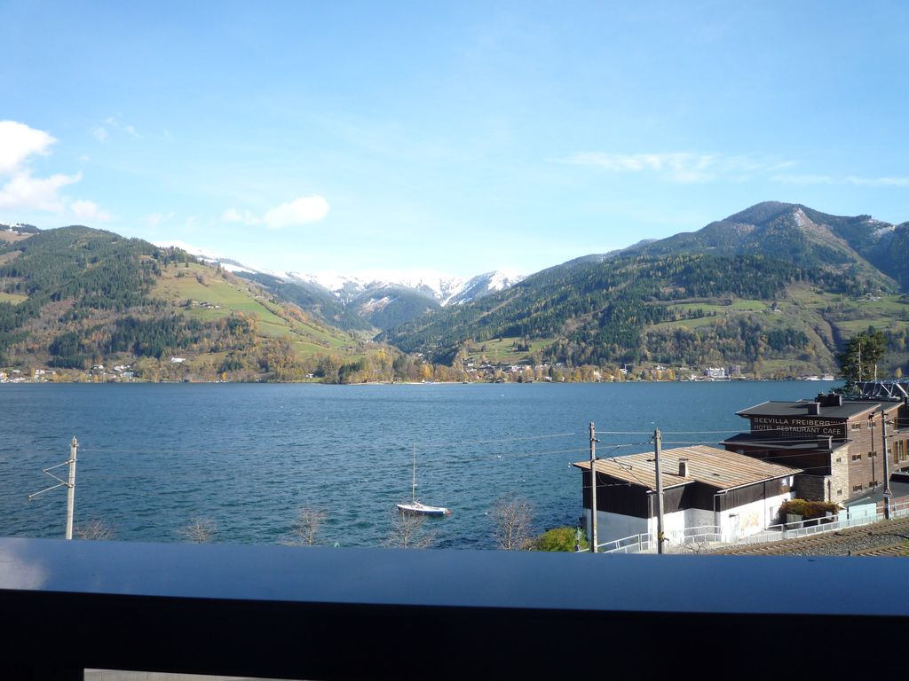 Lake front apartment with 12m balcony superb view across for Lake front view