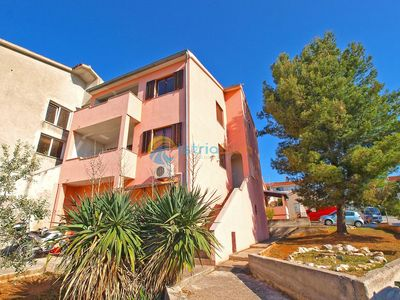 Photo for Apartment 1335/12597 (Istria - Pula), Budget accommodation, 500m from the beach