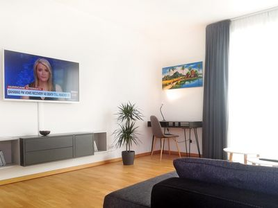 Photo for Comfortable city apartment with balcony (65² / 2 rooms)