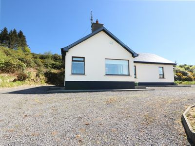 Photo for SEEFIN LODGE, family friendly in Kilbehenny, Ref 982255