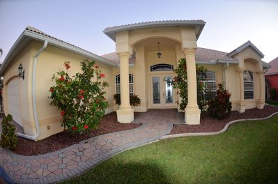 Southern Exposure Waterfront Gulf Access 4 Bed 3 Bath Villa Amazing View Pelican