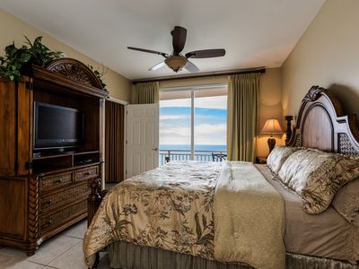 Photo for Luxury Oceanfront Condo with Master on Gulf!