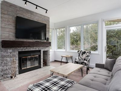 Photo for Ski In Out 1 BR, Sleeps 6  Cachet Crossing