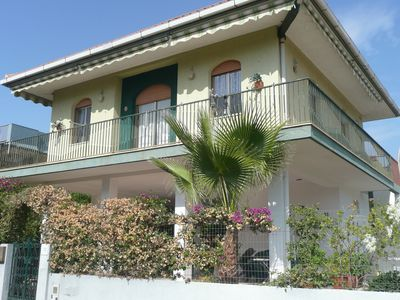 Photo for Nice holiday house with large terrace