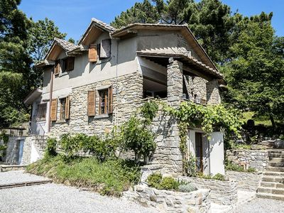 Photo for Villa in Cortona with 4 bedrooms sleeps 8